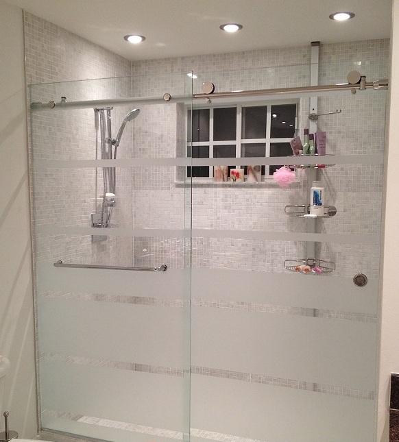 mẫu vách kính phòng tắm cửa trượt