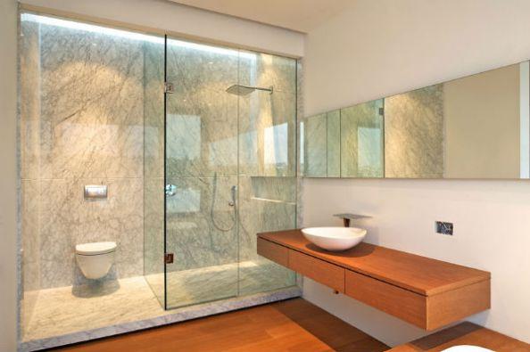 Cửa nhôm kính, vách ngăn kính cường lực phòng tắm tiện nghi