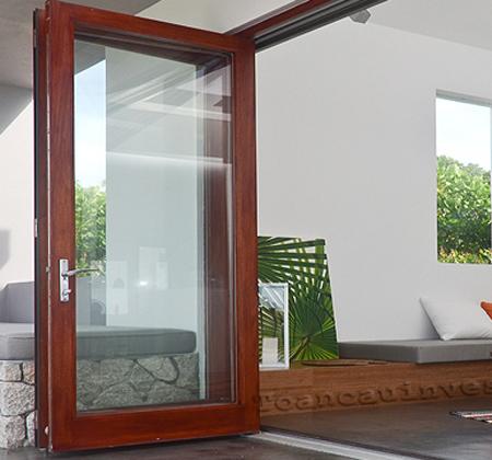 Mẫu cửa nhôm kính Việt Pháp vân gỗ