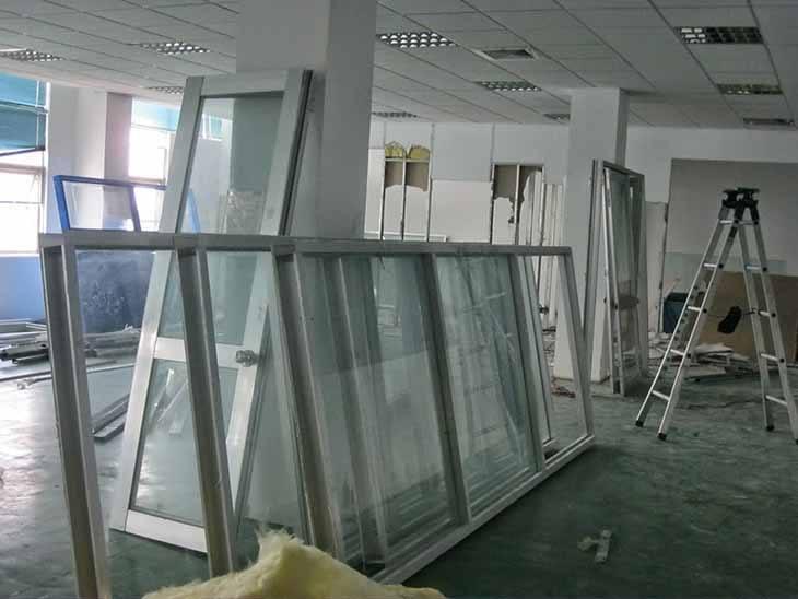 Thanh lý cửa kính cường lực tại Hà Nội