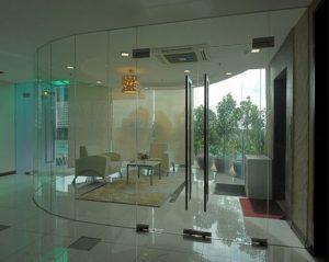Cửa kính văn phòng giá rẻ tại Hà Nội