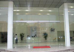 Báo giá thi công cửa kính tự động tại Hà Nội